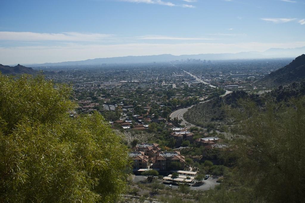 Das Restaurant Differente Pointe of View bietet einen großartigen Blick auf Phoenix