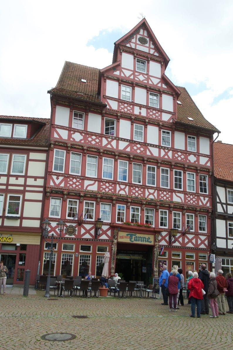 Duderstadt - Marktstrasse mit die Tanne.