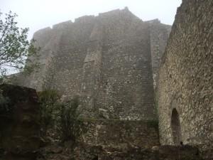 Festung Peyrepertuse - in Regenwolken