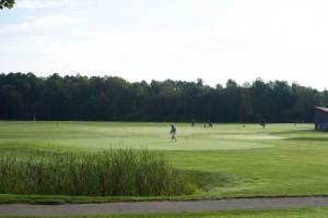 Golfclub Eschenried - Putting Area am frühen Morgen.