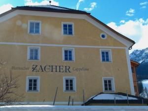 Schon das Haus zeigt die lange Tradition des Hutmachers Zacher.