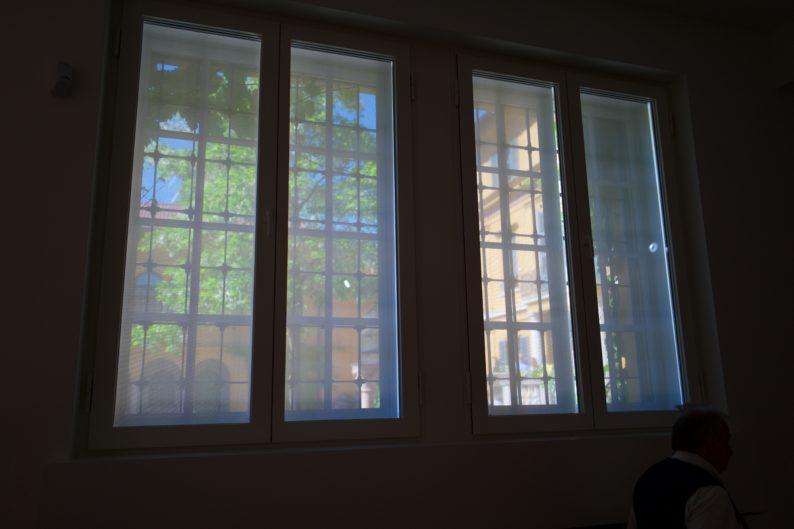 Lenbachhaus - Blick durch das Fenster