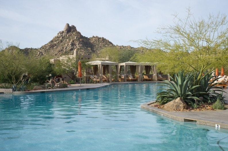 Scottsdale - Four Seasons - Pool mit Pinnacle Peak