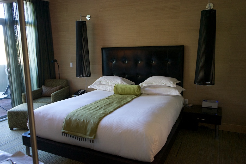 Das Schlafzimmer in den Spa Suiten von Sanctuary on Camelback Mountain