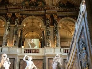Prachtvolles Interieur im kunsthistorischen Museum.