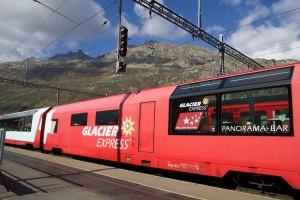 Mit dem Glacier-Express kommen viele Besucher nach Andermatt.