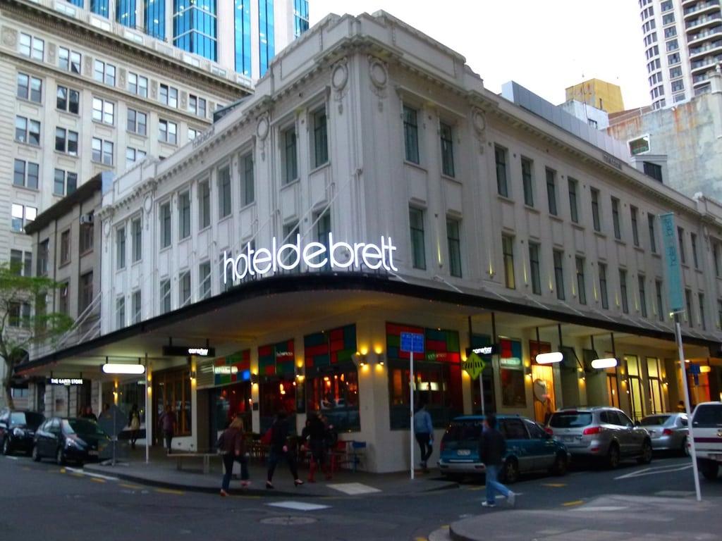 die Architektur des Hotel DeBrett erinnert an die Fifties in Europa