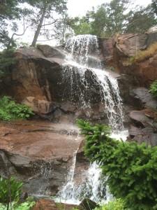 Der Wasserfall im Stone Garden