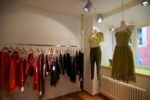 Bekannt für Brautkleider, entwirft Anke Lehmann auch zauberhafte Tagesmode