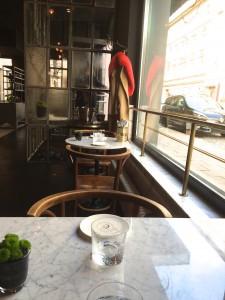 Brasserie Colette - Blick in die Klenzestraße