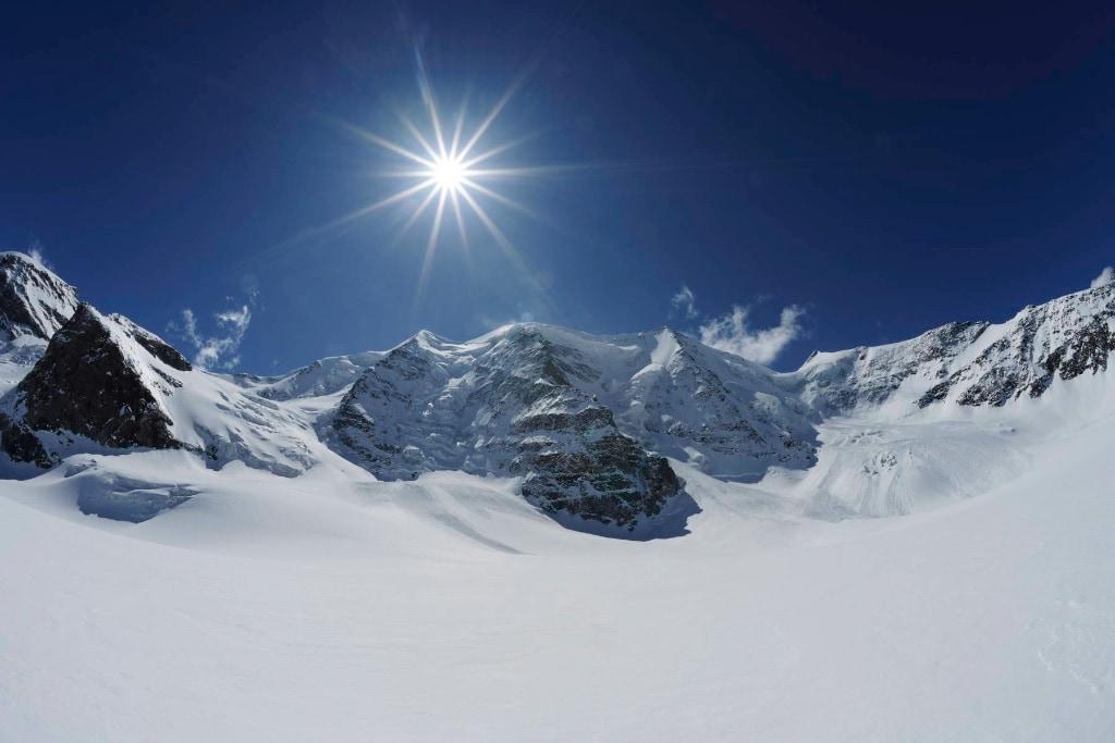 Traumwelt in weiß , das ist die Bernina - Gruppe mit dem Piz Palm