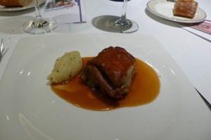 Spanferkel im Restaurant Europa in Pamplona, eines der besten Restaurants in Spanien