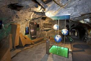 Viel kann man lernen an den Info-Stationen im Stollen der Gipfelwelt 3000