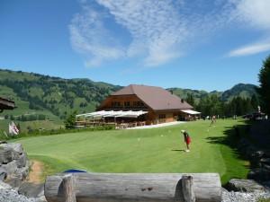 Golf spielen am Fuße des Hornberg