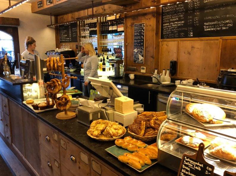 Cafe & Bar Bäck