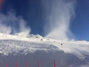 Fahnen von Schnee im Skigebiet von Hochgurgl