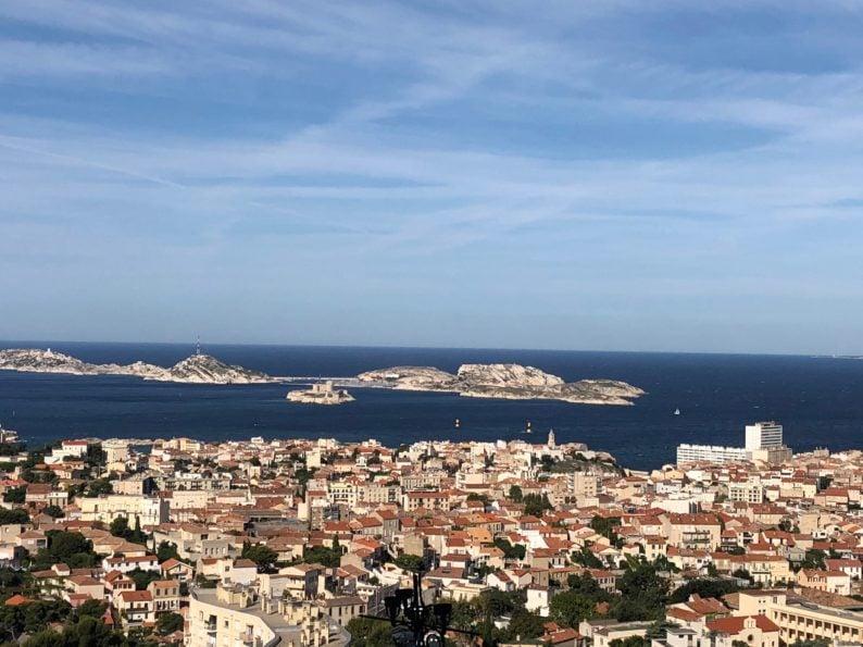 Blick auf Marseille mit Chateau d