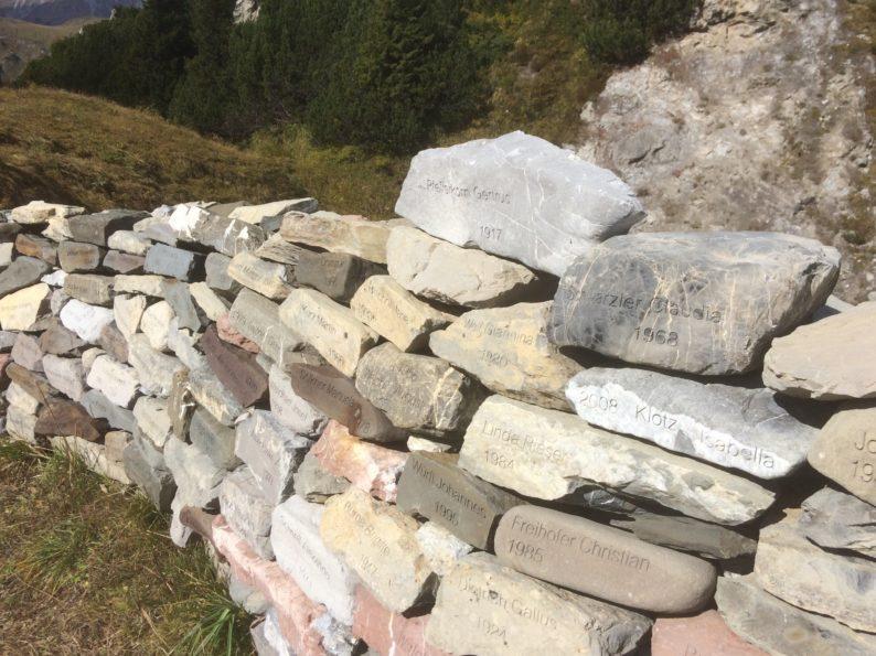 Kriegeralpe - Mauer der Lacher Bürger