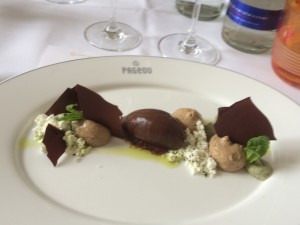 Dessert im Pageou auf Gunanja Schokolade