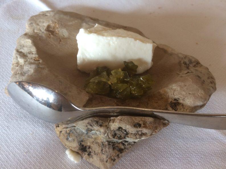 Montegrasso- Antichi Sapori - Ricotta mit marinierten Zwiebeln