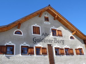 Das ist der Ursprung des Hotels Goldener Berg, das Bauernhaus stammt aus 1442