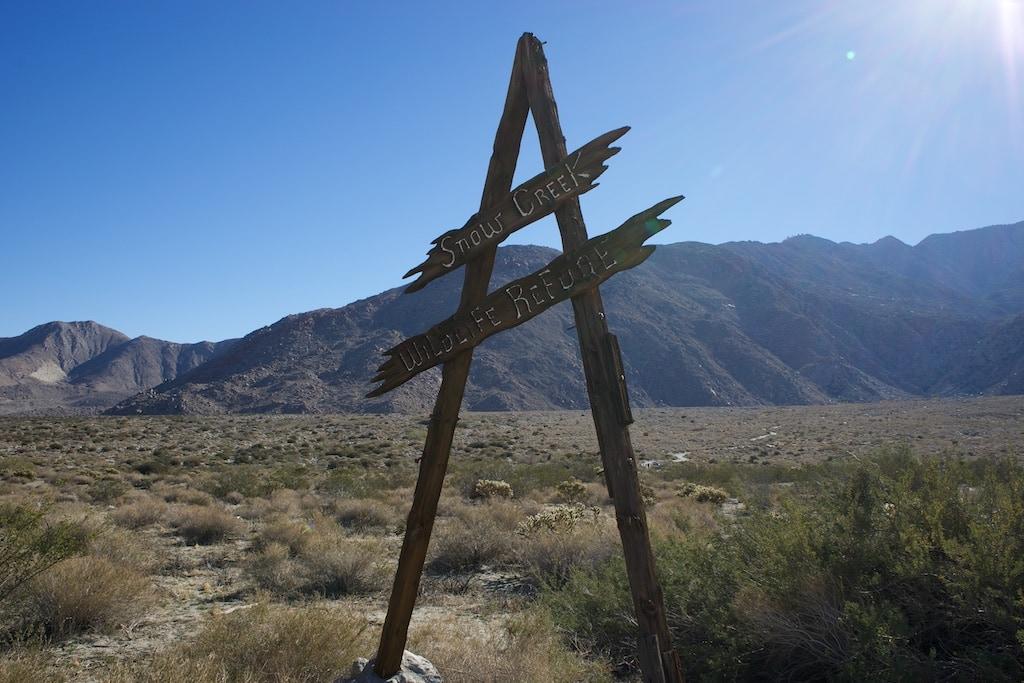 Ein verwittertes Holzkreuz ist der einzige Hinweis auf  Snow Creek