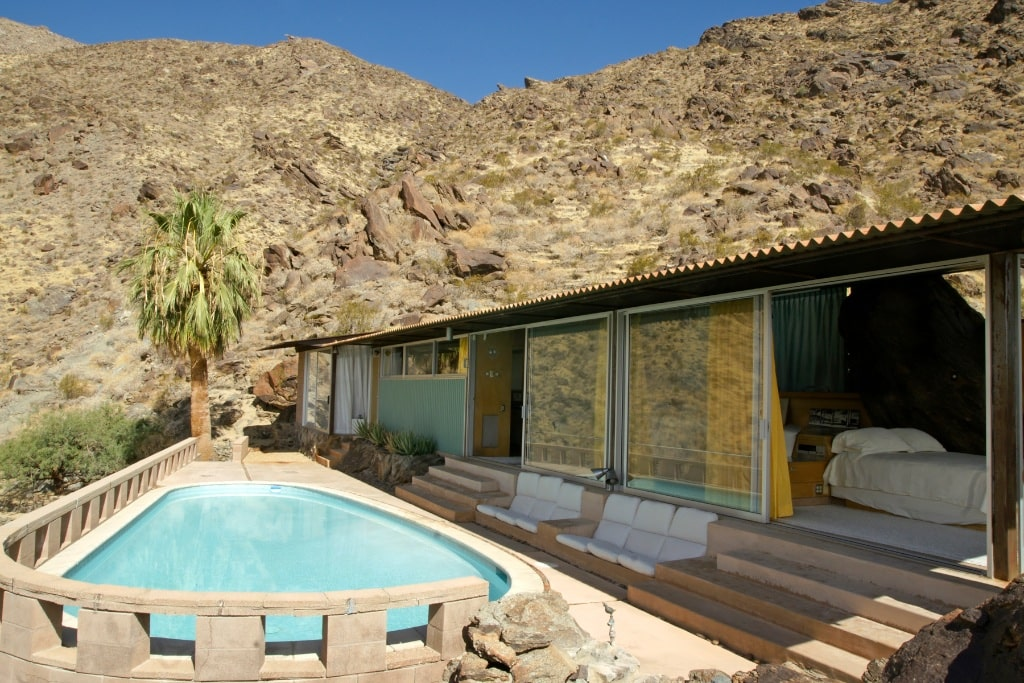 in der Bergen außerhalb von Palm Springs liegt das Haus von Albert Frey.