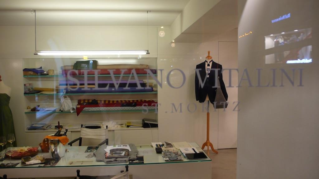 Einen Blick in das Schaufenster von Silvano Vitalini.