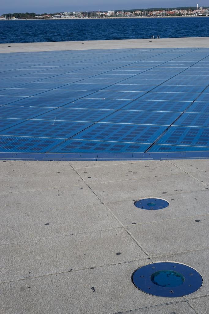 """Aus Solarzellen besteht dieses Kunstwerk von Nikola Basic und nennt sich """"Gruß an die Sonne"""""""