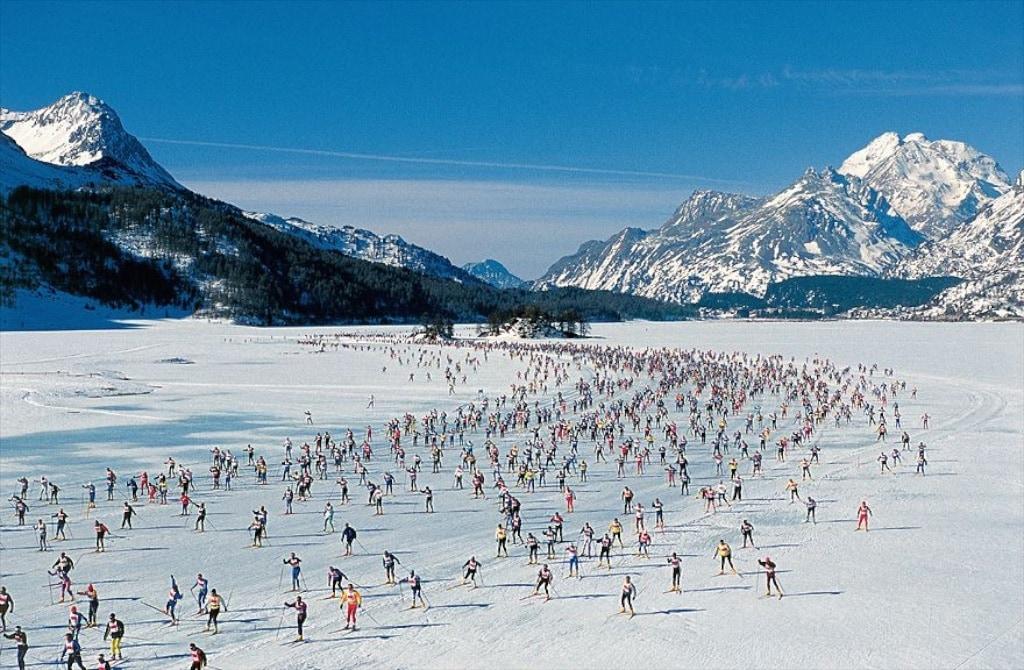 Mehr als 10 000 Läufer zählt der Engadin Skimarathon in jedem Jahr.