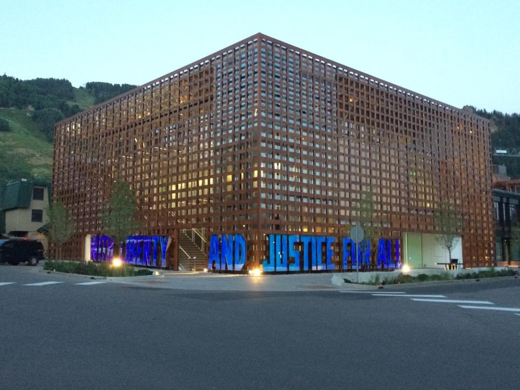 Das neue Museum in Aspen ist ein Hingucker und passt perfekt in die Landschaft der Aspen Highland